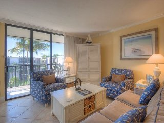 Sundial F408: Beautiful Beach-themed 1BR w/ 2 Queen Beds Fully Equipped Condo, Isla de Sanibel