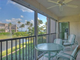 Sundial O203: Spacious, Open Floor Plan 3 Bedroom Gulf View & Great Location!