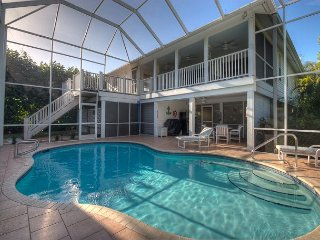Sanibel Treehouse: Spectacular 3 BR Pool Home in the Quiet Dunes Neighborhood, Isla de Sanibel