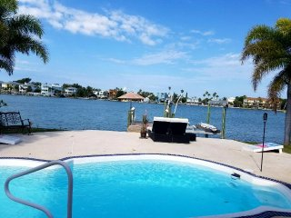 ~Waterfront St. Pete Beach Home Pool Pets Paradise