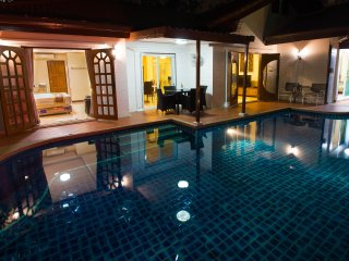 Grand Condo Orchid pool villa, Pattaya