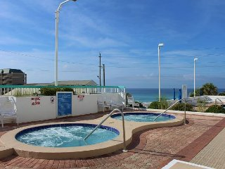 Surfside 406, 2BR/2BA condo, just across the street from the beach!