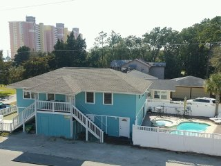Beautiful 6 BR Oceanview House NEW SALT POOL & HOT, North Myrtle Beach