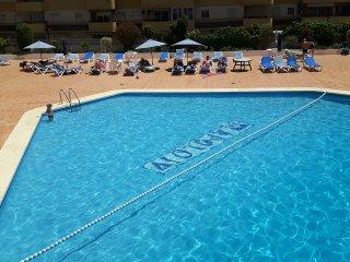 Comodo apartamento con piscina a 200 m de la playa - mucahome2