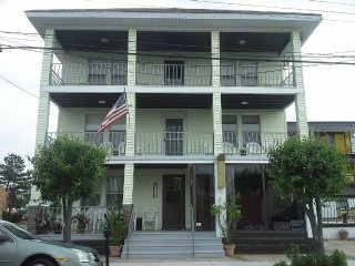 Family Apartment In The Heart Of Wildwood