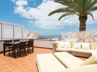 ★ Super bungalow + nice apartment  with views  ★, Maspalomas