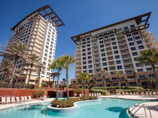 Luau Resort at Sandestin 6709/6711, Destin