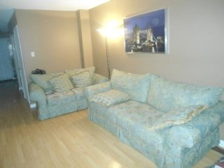 BEAUTIFUL TOWNHOUSE FULL FURNISHED