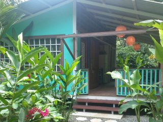 Casita Bonita- 3 minutes walk from the beach, Puerto Viejo