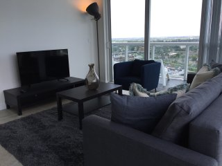 Amazing 3 Bedroom unit by LYX ( River Oaks ) RO3BR1
