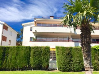 LA Calella Park Apartment with Pool, Llafranc