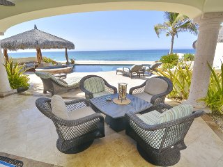 Best deal on the beachfront in Cabo!
