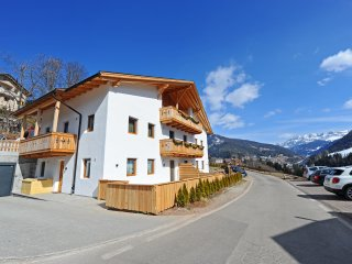 112 - Mountain Apartments Hapeli, Ortisei