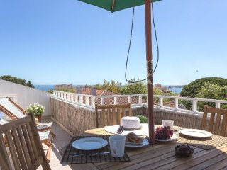 Estoril 1 Bedroom plus Loft Ocean View Apartment