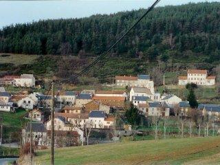 LOCATION SAISONNIERE, Lorcieres