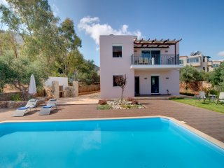 Modern Villa with Private Pool and Nice Views