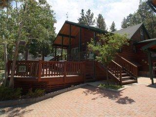 Rooster's Den, Big Bear Region