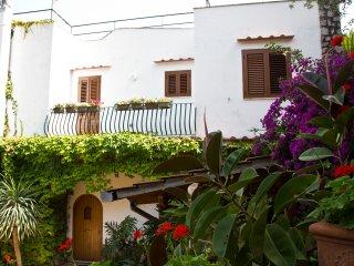 Villa Quattro Satgioni - Amalfi Coast