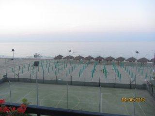 vacanza vista mare con appartamenti sulla spiaggia, Silvi Marina