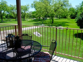 Waterwheel Condo - 4BDR/3BTH! On the Guadalupe!