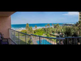 **Fall Promo** Gorgeous Cocoa Beach Condo - Amazing Views Directly on Beach