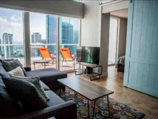 15% OFF PROMO-Luxury Waterfront Penthouse Loft in Upscale Brickell Complex Near
