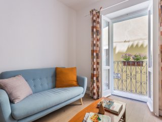 Central stylish one bedroom flat, Bosa