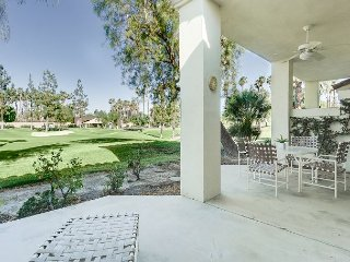 Palm Springs Condo On World-Class Golf Course–With Community Pool And Spa
