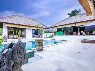 Big Blue villa - 3 bedrooms (Ungasan)