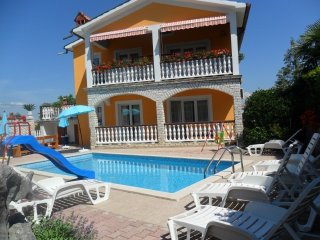 SD Villa Fidy with pool  Apartment A1 for 2+1  Labin Nedenšćina 1