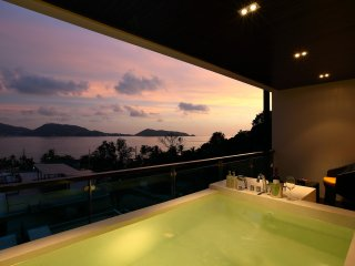 1 Bed Patong Plunge Pool Seaview