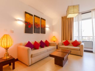 Spacious 2BR apartment for short rent in Colombo