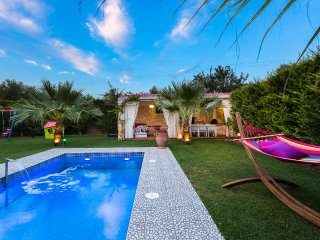 Villa Dimitrios, luxury retreat! SPECIAL OFFER FOR SEPTEMBER!