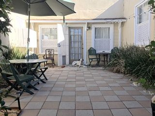 Villa Solana- A Sunny Spot for you... and Spot!, La Jolla