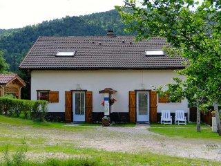 maison type chalet pour 6 pers pres de gerardmer, Basse-sur-le-Rupt