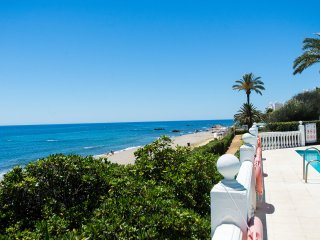Lubina del Sol, primera Linea de playa, WIFI Gratis