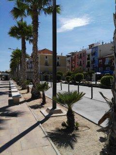 Paseo de la playa Centro hasta el puerto deportivo