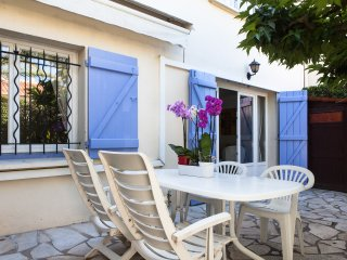 2 bedrooms flat quiet area WIFI AC parking terrace, Cannes