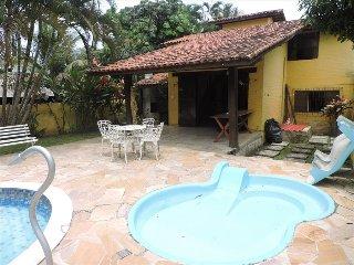 Yellow House  Palmeiras Beach Caraguatatuba