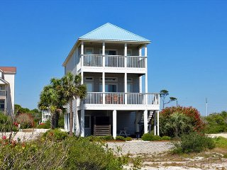La Bella Vita- Beautiful views of the gulf and just added a hot tub!!!!, Port Saint Joe