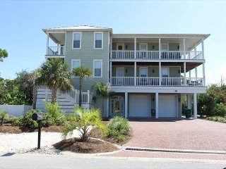 Private pool, pet friendly and free WIFI are just a few of the perks!, Cape San Blas