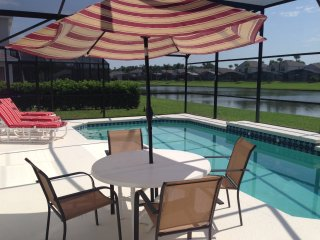 5 Bm Luxury Villa With Enclosed Heated Pool WiFi, Kissimmee