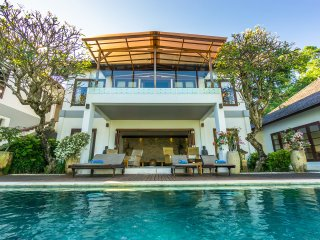 Villa Matahari Terbenam, Senggigi