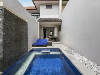 Kuta Regency Villa ( 1 Bedroom PRIVATE POOL)