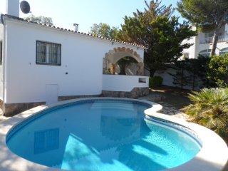 OFERTA JUNIO! Bonita Casa para 6/8p piscina privada y jardin, RECOMENDADA