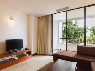 Calm and quiet garden view apartment for rent, Colombo