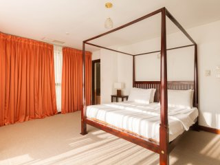 2BR Spacious apartment located in a 5star location, Colombo