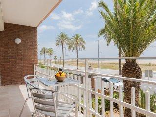 Apt.3 balcón frente al mar & vista & Barcelona, Castelldefels