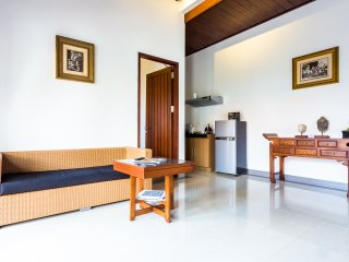 Cozy homey home Dim House Jimbaran