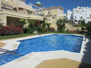 Spacious Apartment near Burriana Beach and Nerja T